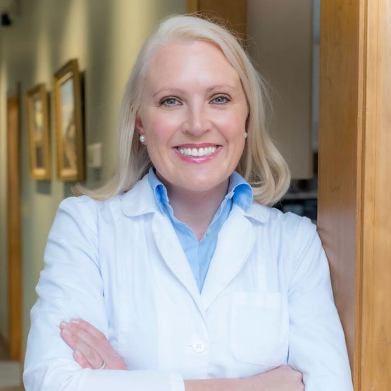 Dr. Amanda Hallinan