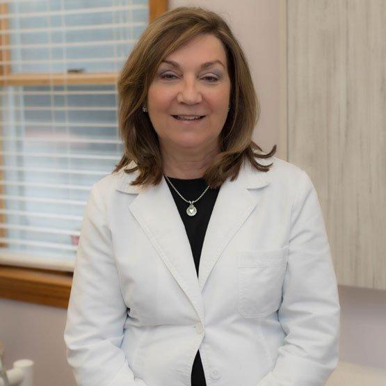 Dr. Anne Filler